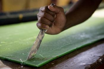 Hand cutting wax