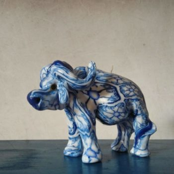 BLUE DELFT PATTERNED BUFFALO