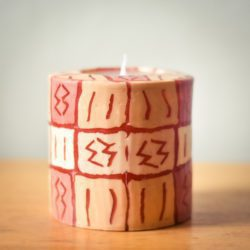 Blush candle with designs