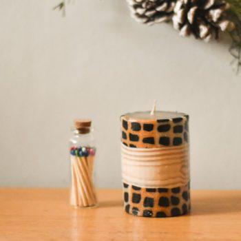 Mini pillar with bamboo and animal print
